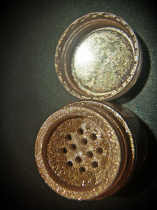 essence-pigment-a-piece-of-forever
