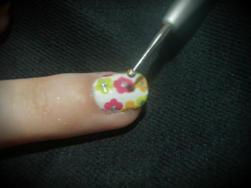 essence-nail-art-duo-stylist-tecky-na-nehtech