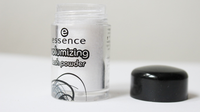 essence-volumizing-lash-powder
