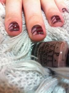 nail-art-pruhy-fotonavod