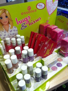 essence-hugs-and-kisses-recenze
