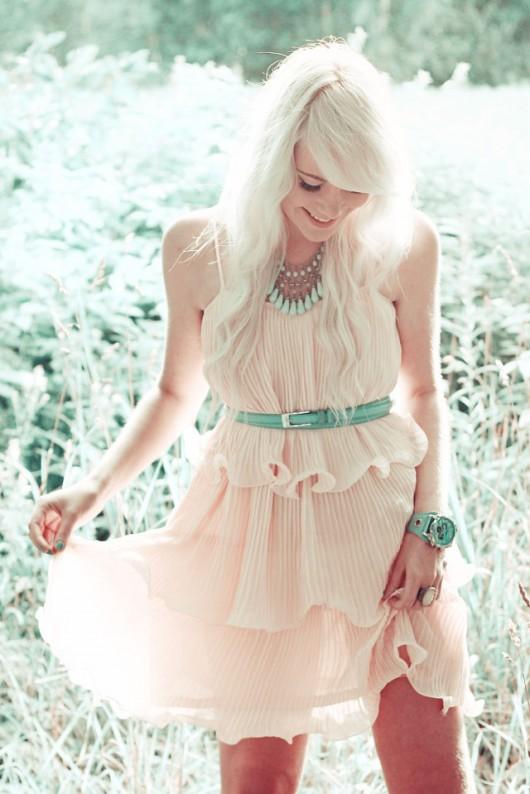 peach-barva-obleceni