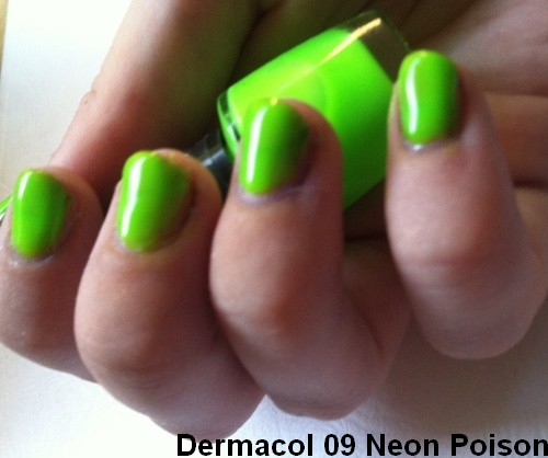 dermacol-neonovy-zeleny-lak