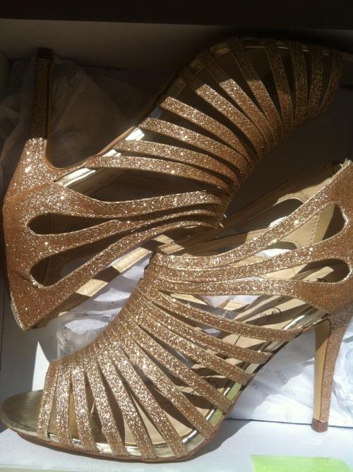 zlate-boty-paskove