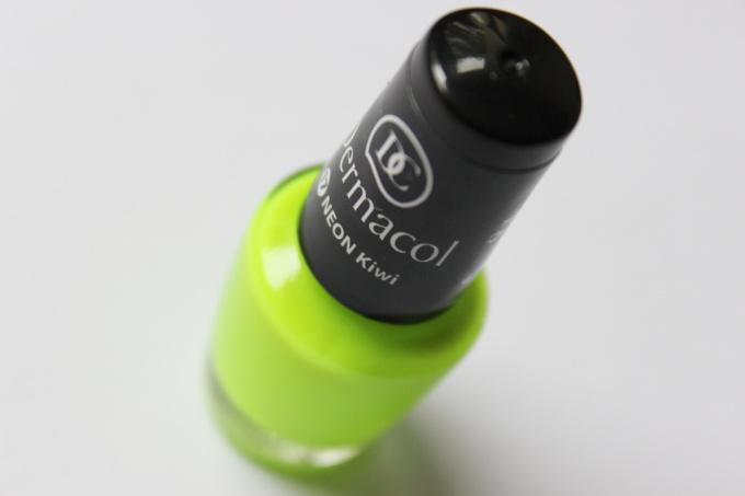 neon-kiwi