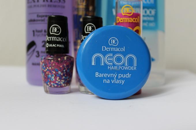 pudr-vlasy-modry