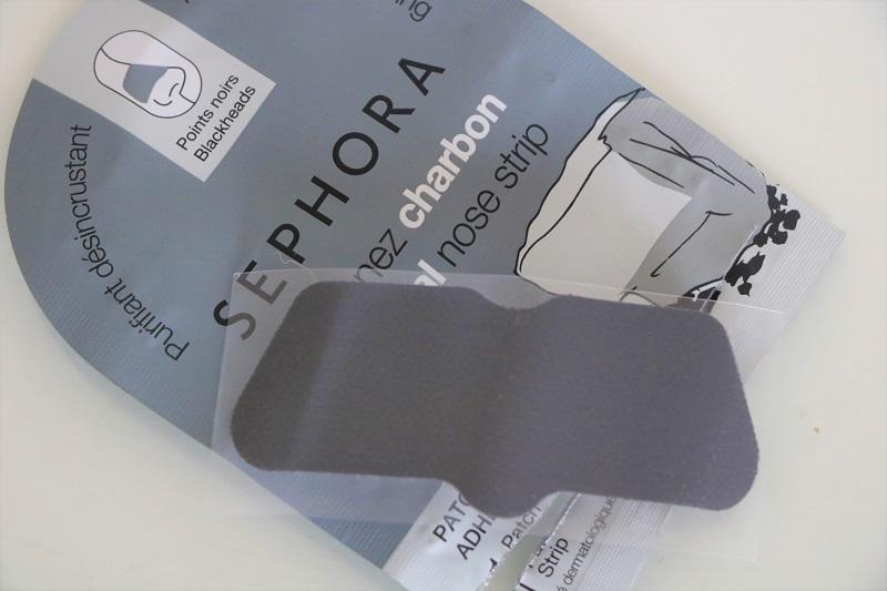 sephora-prouzek-na-cerne-tecky
